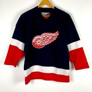 ✨3/$25✨NHL Detroit Red Wings Hockey Jersey